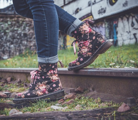 cool shoes rail.jpg